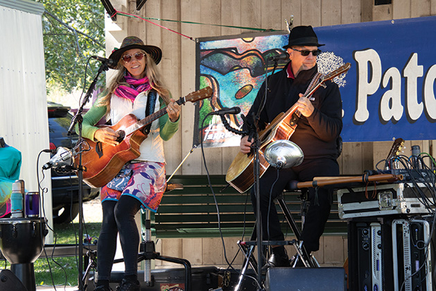 Afton Art in the Park Julie Patchouli & Bruce Hecksel