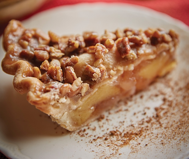 A slice of Praline Apple Pie.